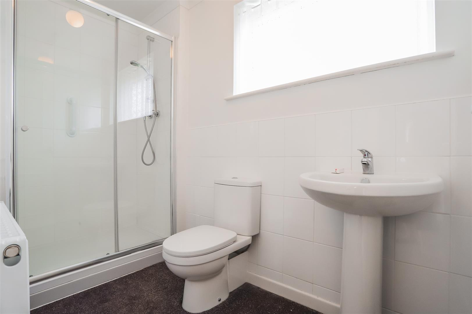 3 Bedroom Detached House For Sale - Image 4